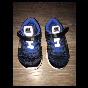 Boys 9c Nike Flex 2016 Run